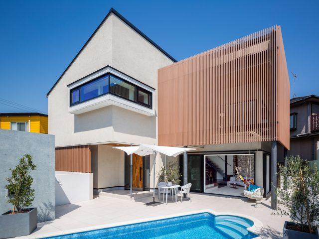 プールのある家